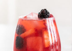 ¡Wild Berry Energy Cocktail te dará un impulso!