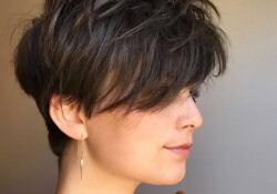 10 Stylish Casual & Easy Short Hairstyles for Women - Short Hair 2020