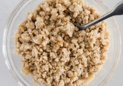 3-Ingredient Crumble Topping - I Heart Naptime