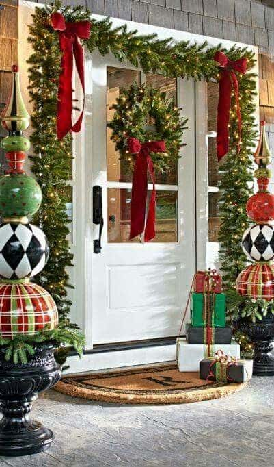 Outdoor Christmas Decor for the front porch