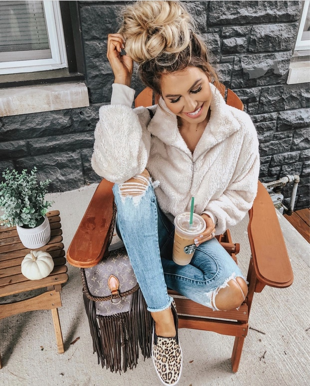 Cute and cozy teddy coat outfits for fall