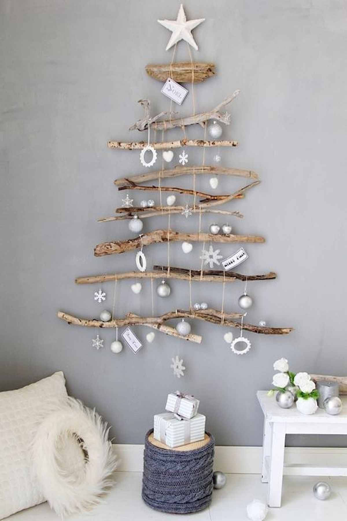 Easy DIY Christmas crafts for adults: Rustic Hanging Christmas Tree Wall Art