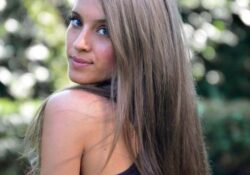 20 Best Brown Hairstyles for Women Over 30 - Brunette Hair Color Ideas